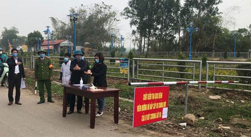 Các điều cấm phục vụ cách ly xã Sơn Lôi hơn 10.000 người dân ở Vĩnh Phúc