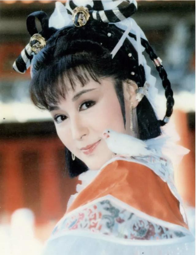 Tiểu Long Nữ Thần điêu đại hiệp: Đẹp như tiên giáng trần vẫn bị chồng phản bội cay đắng, ra đi tay trắng-2