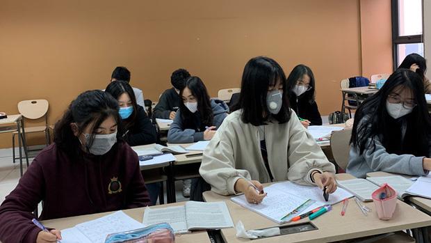 Bộ GD-ĐT: Các trường đã tổ chức học trực tuyến vẫn phải có phương án dạy bù-1