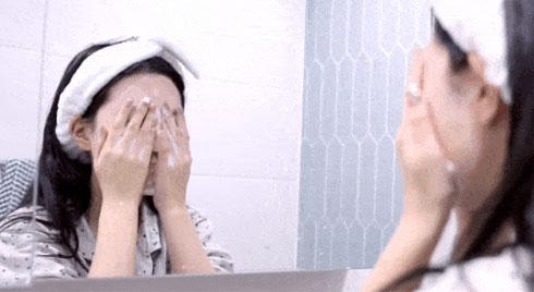 Các cô nàng xứ Kim Chi chỉ ra sai lầm rửa mặt của chị em Việt, đó là việc người Hàn không bao giờ làm