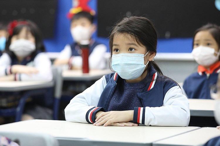 Cha mẹ cần làm gì khi trẻ đi học trở lại trong mùa dịch corona-1