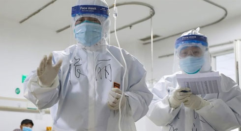'Chúng ta đứng trước bờ vực của đại dịch virus corona'
