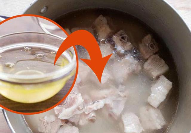 Bật mí mẹo nhỏ giúp nồi xương hầm trong vắt, ngọt lừ, càng nấu càng ngon-2