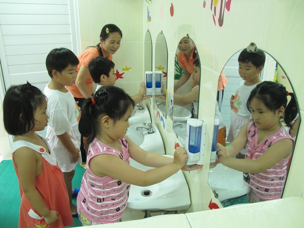 Cách phòng tránh bệnh COVID-19 cho trẻ em-2