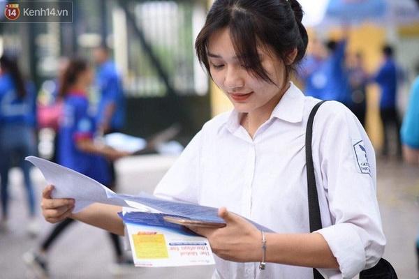 NÓNG: Bộ GD-ĐT đề nghị học sinh mầm non, tiểu học, THCS cả nước nghỉ tiếp 1- 2 tuần tới-1