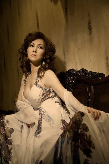 Cuộc sống của Mộng Vân sau ly hôn chồng Hong Kong-7