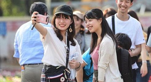 Từ ngày mai 29-2, tạm ngừng miễn thị thực đối với công dân Hàn Quốc