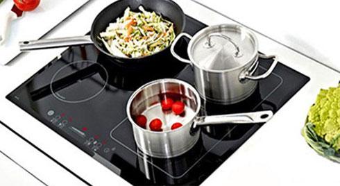 5 thói quen tưởng vô hại nhưng khiến bếp điện nhanh hỏng, tiền điện tăng chóng mặt