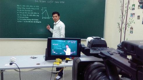 Hà Nội chuẩn bị phương án dạy học qua kênh truyền hình nếu nghỉ học trong thời gian dài