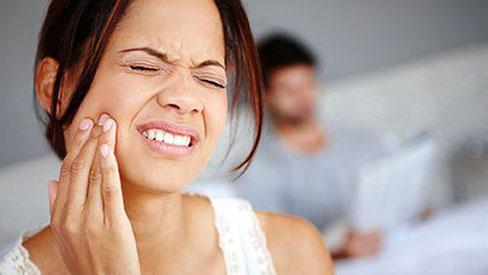 Tìm hiểu những nguyên nhân gây bệnh đau răng và cách giảm đau hiệu quả