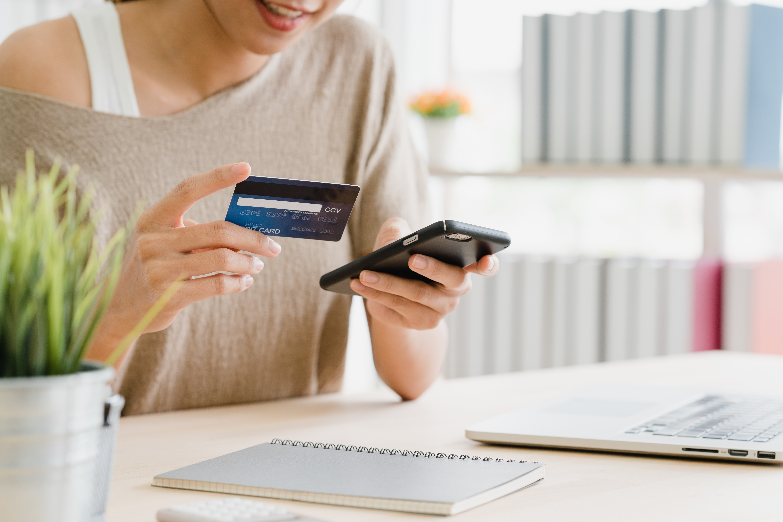 """Giao dịch trực tuyến lên ngôi"""", ngân hàng miễn, giảm phí hút khách-2"""