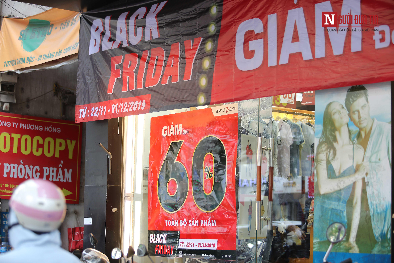 Ngày Black Friday, nơi đông nghịt tắc đường, chốn đìu hiu như chợ chiều: Chỉ là chiêu trò hình thức?-10