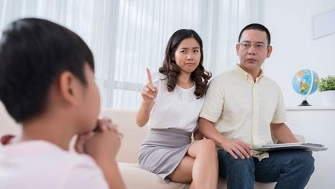 Cấm đoán làm 5 điều này đồng nghĩa với việc bố mẹ đang tự đóng sập cánh cửa của con trong tương lai