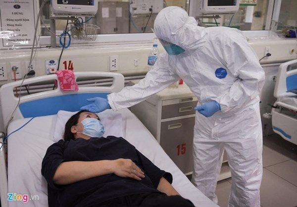 Giám đốc BV Bệnh Nhiệt đới: Tình trạng 3 bệnh nhân vẫn rất nặng-2