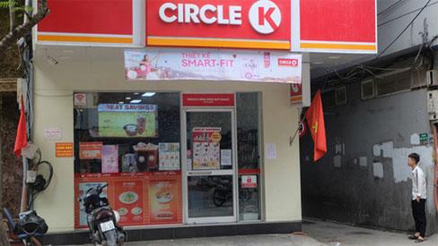 Circle K Chùa Láng - nơi có khách nhiễm Covid-19 ngồi 4 tiếng để mua sắm vẫn mở cửa