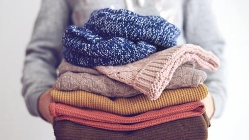 Những cách khử trùng quần áo tại nhà an toàn nhất để phòng Covid-19