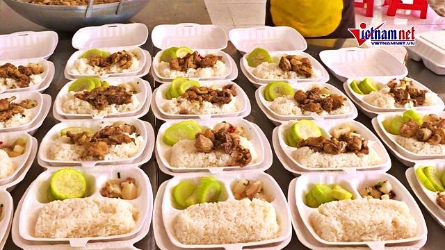 Chuyện bếp núc phục vụ khu cách ly ở phòng Hậu cần Công an tỉnh