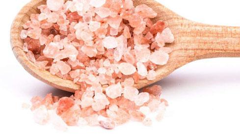 4 tác dụng thần kì của muối hồng và những lưu ý khi sử dụng