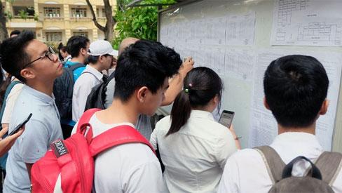 Tiếp tục nghỉ học chống dịch, có ảnh hưởng kế hoạch tuyển sinh đại học?