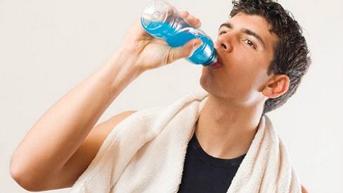 Những thói quen xấu khiến phong độ của nam giới bị giảm sút
