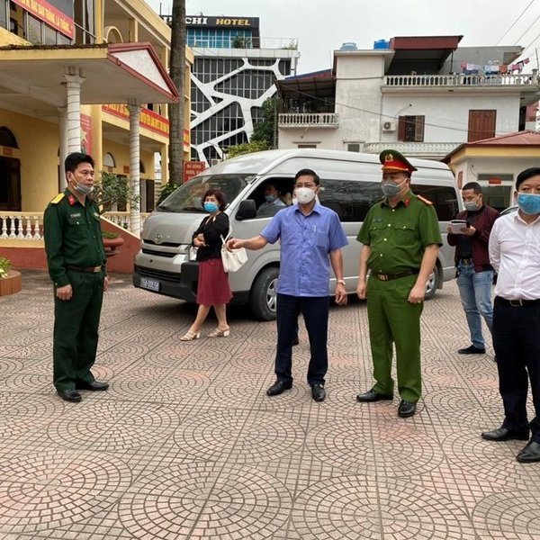 Chơi thể thao đông người trong giờ làm việc, ban Chỉ huy quân sự huyện bị Chủ tịch UBND TP.Hải Phòng phê bình