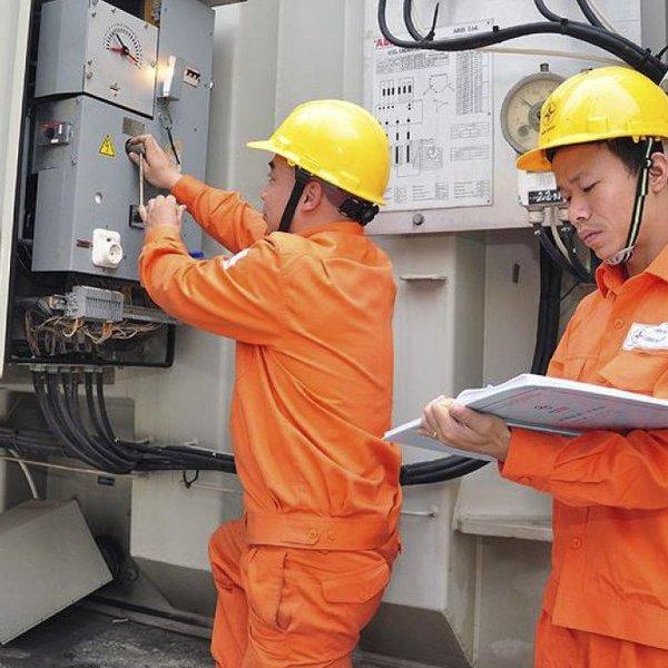 EVN đề xuất miễn giảm giá điện cho một số đối tượng, giãn thời gian thu tiền điện 1 tháng