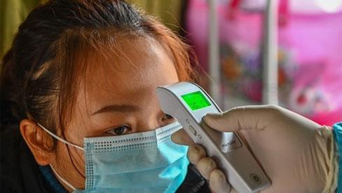 Hà Nội: Phát hiện trường hợp vợ nhân viên bếp ăn Bệnh viện Bạch Mai dương tính Covid-19
