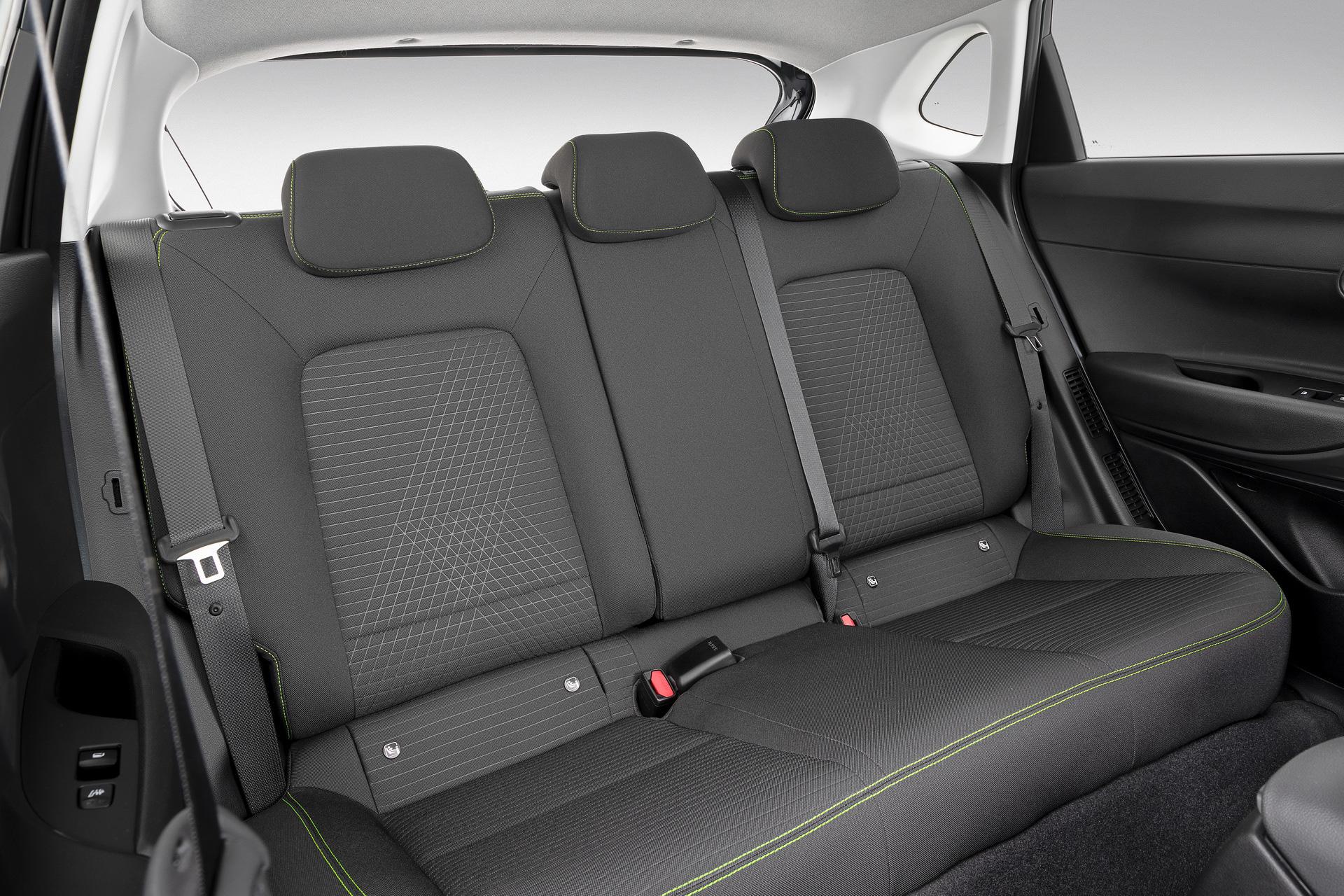 Hyundai i20 hoàn toàn mới khoe trọn nội thất - Khi xe Hàn đã chơi option còn thực dụng-2