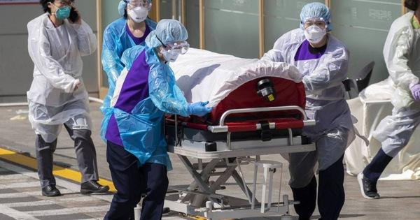 17 thành viên trong một gia đình bị lây nhiễm virus sau khi viếng đám tang của bệnh nhân Covid-19