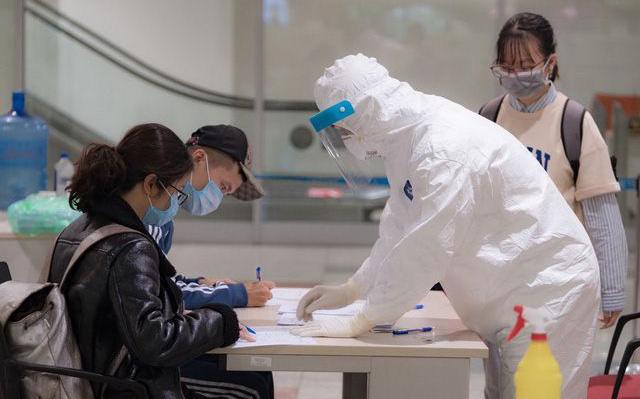 Tin vui: Thêm 2 bệnh nhân ở Việt Nam khỏi bệnh, 31 ca nhiễm Covid-19 âm tính 2 lần trở lên