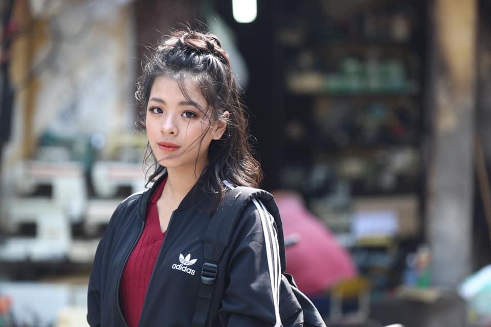 Con gái út nghệ sĩ Chiều Xuân gây sốt với màn solo trên tiếng đàn của bố, dân mạng công nhận giọng hát nội lực không hề thua ca sĩ chuyên nghiệp-2