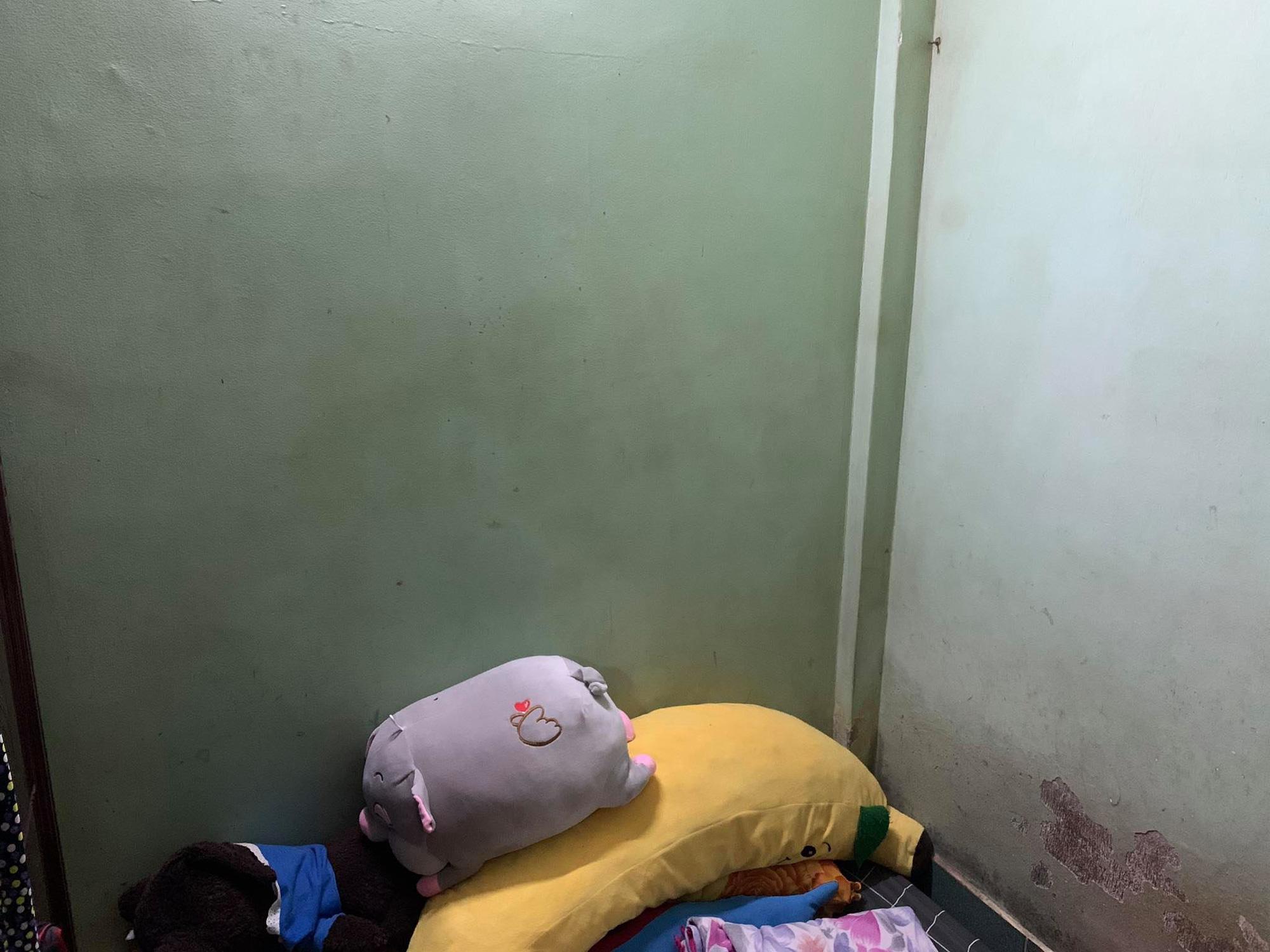 Thanh niên ở nhà mùa dịch thấy căn phòng 4m2 bừa bộn ngứa mắt nên quyết tâm decor lại mọi thứ: Kết quả quá bất ngờ!-2