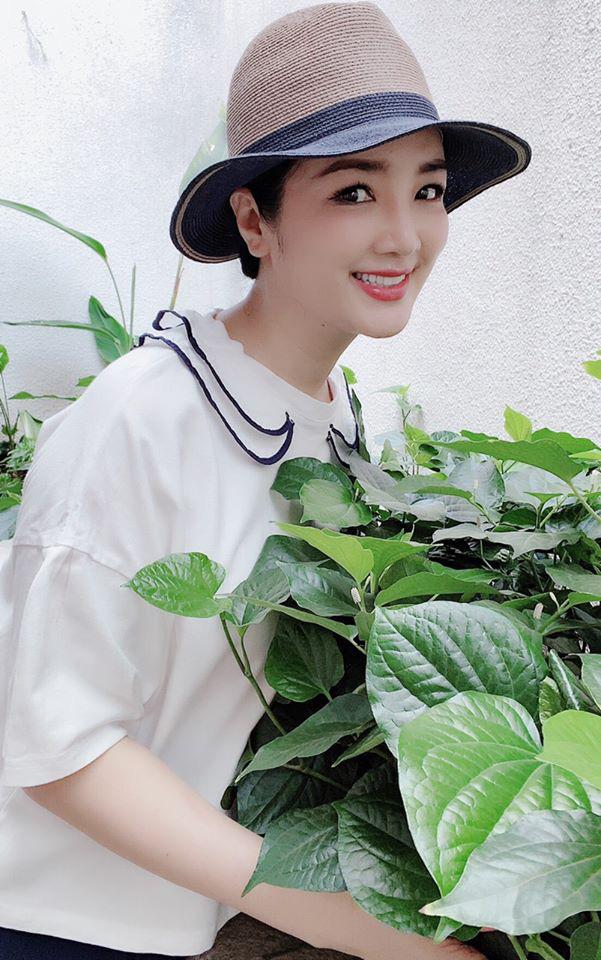 Hoa hậu Giáng My trồng rau và hoa quanh biệt thự trong lúc ở nhà trốn Covid-19-8
