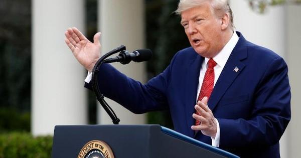 """Tổng thống Trump gây tranh cãi vì """"được khen"""" giữa thời điểm nước Mỹ chia rẽ vì COVID-19"""