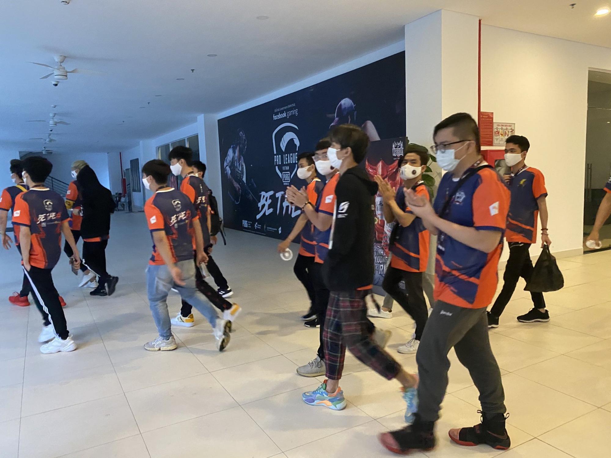 Để hơn 100 người tham gia giải game online bất chấp lệnh cấm, Cocobay Đà Nẵng bị phạt 15 triệu đồng-3