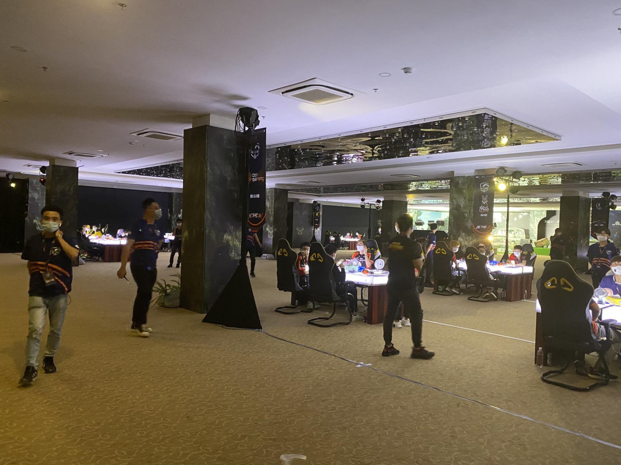 Để hơn 100 người tham gia giải game online bất chấp lệnh cấm, Cocobay Đà Nẵng bị phạt 15 triệu đồng-2