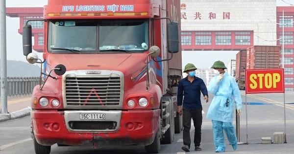 Từ 1 - 15/4: Dừng toàn bộ vận tải hành khách, phương tiện chở lương thực thực phẩm vẫn được hoạt động