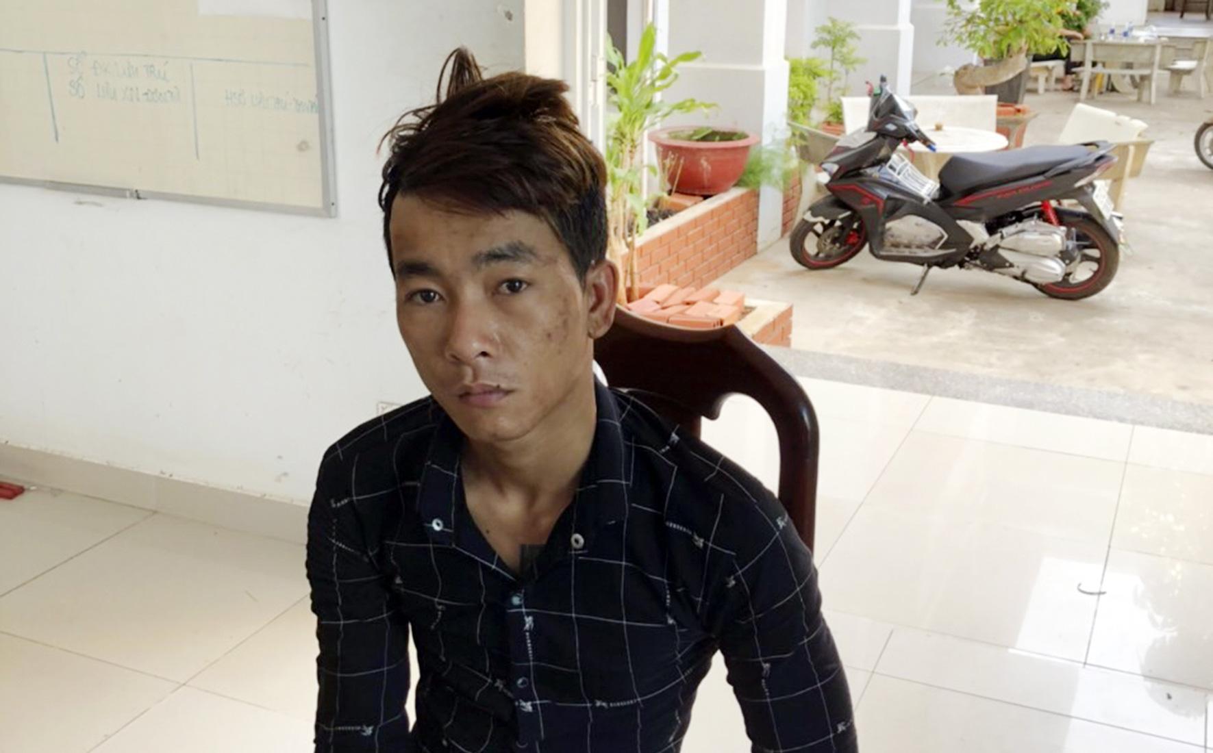 Cháu trộm 100 triệu đồng của người dì ruột cất trên nóc nhà vệ sinh ở chợ Vũng Tàu