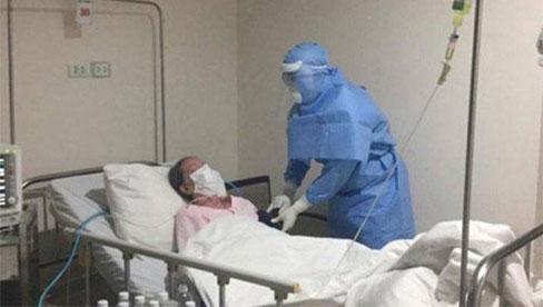 Bác sĩ Bệnh viện Nhiệt đới chỉ điểm khác biệt giữa COVID-19 và cảm cúm rất dễ nhận biết