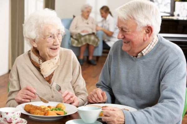 Giải pháp giúp người cao tuổi ăn ngon, ngủ sâu