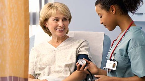 Biến chứng và cách phòng ngừa bệnh tăng huyết áp ở người cao tuổi