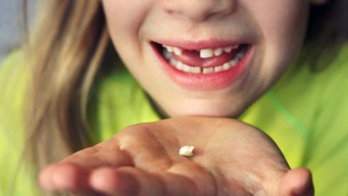 10 lời khuyên chăm sóc răng miệng từ nha sĩ mà bạn nên nhớ