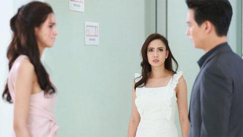 Vô tình gặp người yêu cũ của chồng, cô ta chê bai tôi vừa đen vừa mập, ngờ đâu bị chồng tôi