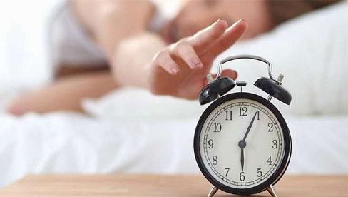 Thường xuyên mệt mỏi, mất ngủ vì Covid-19, đây là 6 lời khuyên dành cho bạn