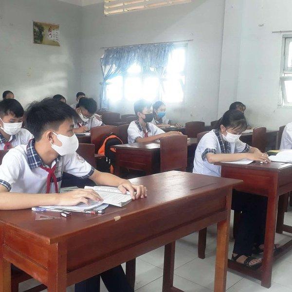 Cà Mau: Học sinh cấp THCS và THPT đi học trở lại từ ngày 27/4