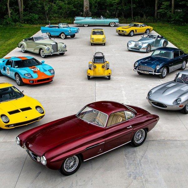 Chiêm ngưỡng bộ sưu tập siêu xe của CEO bị cáo buộc lừa đảo hơn100 triệu USD