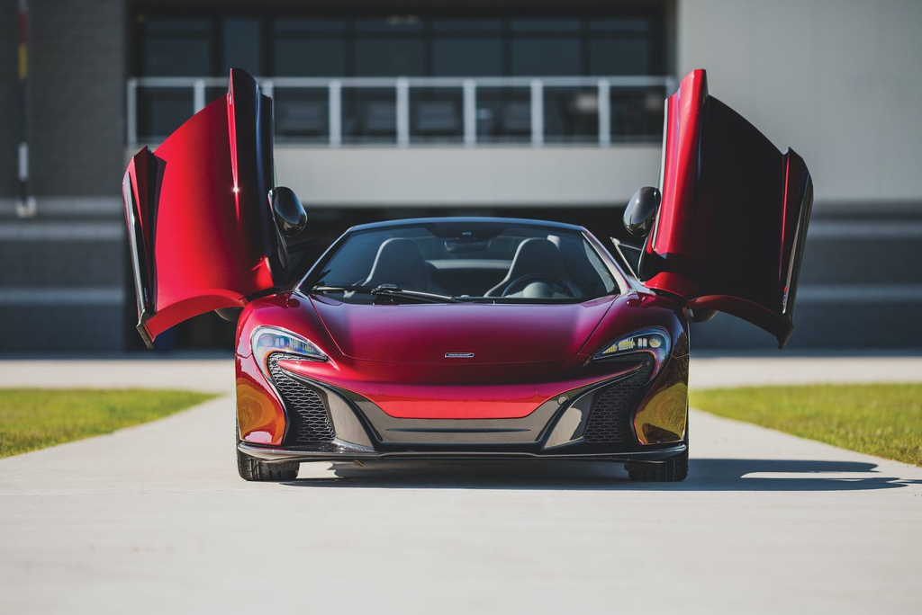 Chiêm ngưỡng bộ sưu tập siêu xe của CEO bị cáo buộc lừa đảo hơn100 triệu USD-5