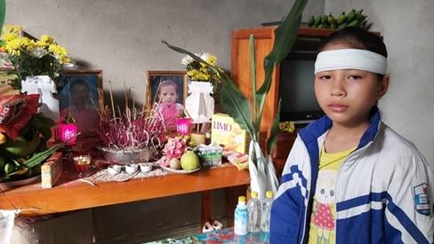 Đau nhói lòng cảnh bé gái 12 tuổi liền lúc mất đi cả mẹ và em
