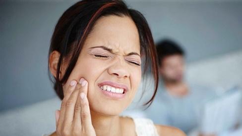8 cách trị đau răng tại nhà đơn giản và hiệu quả nhất