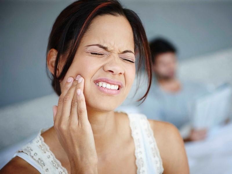 8 cách trị đau răng tại nhà đơn giản và hiệu quả nhất-1